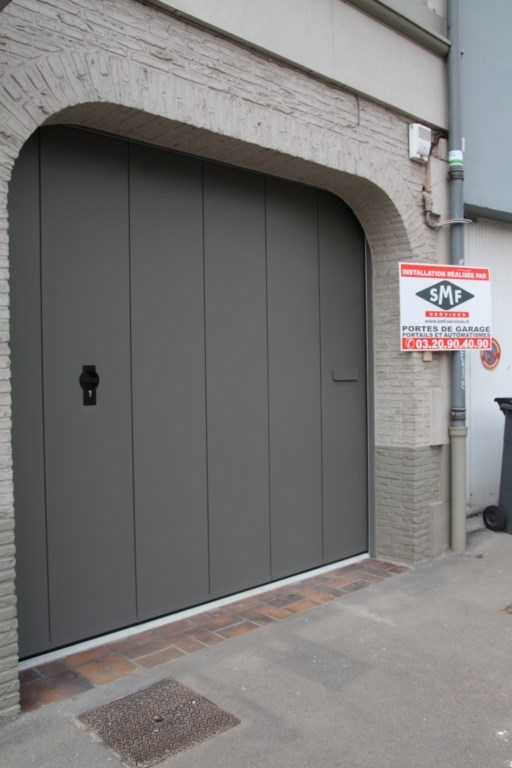 Porte de garage lat rale coulissante 40mm smf services for Porte de service gris anthracite