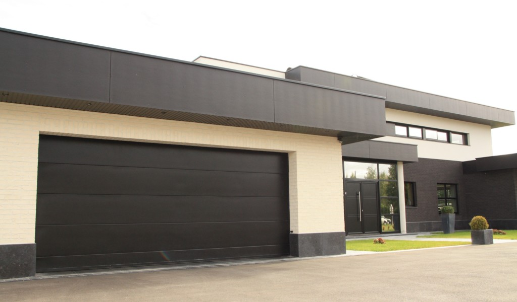 Porte 60mm lisse noire smf services for Porte de garage 60 mm
