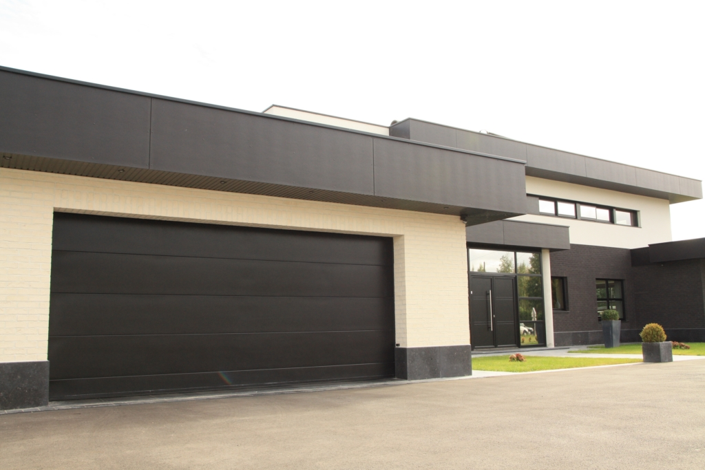 porte de garage sectionnelle 60mm extra isolante smf services. Black Bedroom Furniture Sets. Home Design Ideas