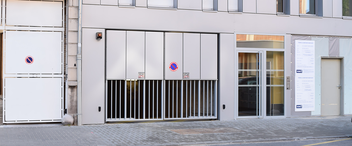 Portes de parking automatique et porte d'immeuble - SMF Services